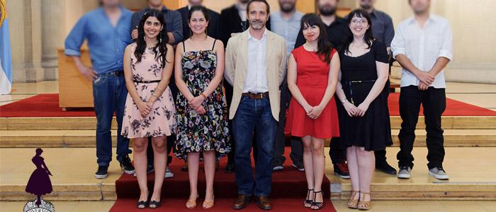 Outfit Titulación Cine