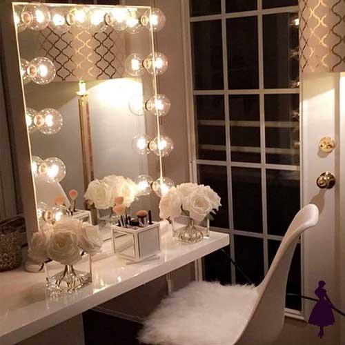 Ideas de tocador para inspirarse y tener un espacio nico - Tocador con espejo y luces ...