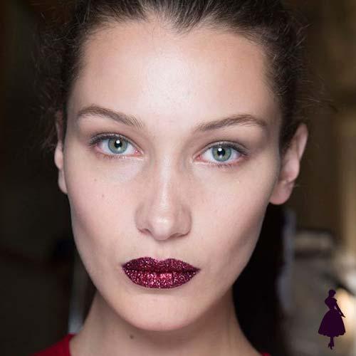 Maquillaje para fiestas Labios glitter