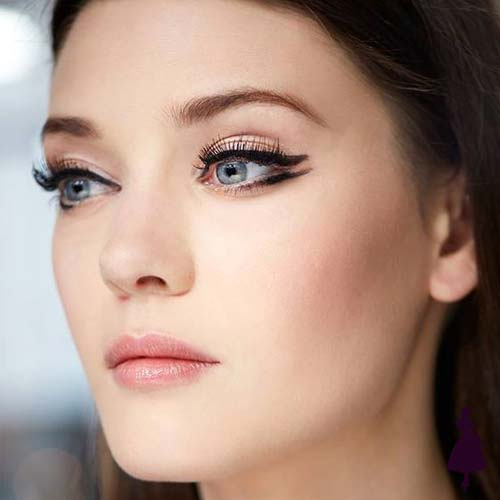 Maquillaje para fiestas delineado gráfico