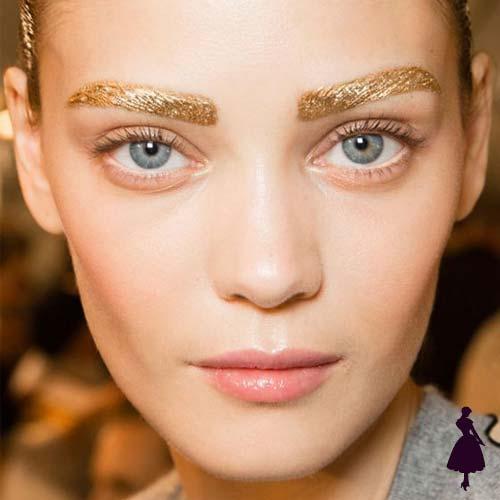 Maquillaje para fiestas cejas doradas