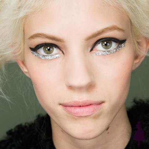 Maquillaje para fiestas delineado glitter