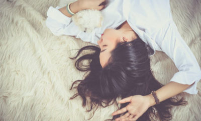 Es mejor dormir con el pelo suelto