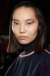 Maquillaje de ojos en Prada, bien marcado