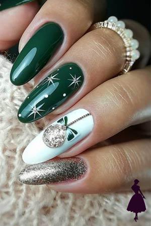 uñas navideñas en verde y plata