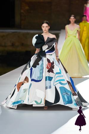 Vestidos de Valentino varios colores