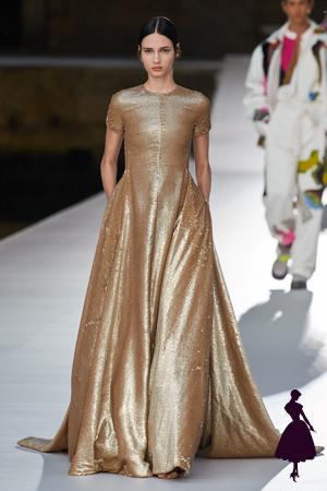 Vestidos de Valentino brillo dorado